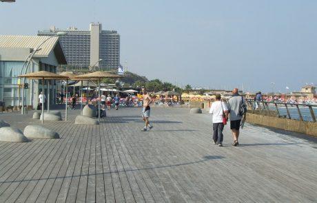 גייז קרוזינג מתחם הנמל בתל אביב